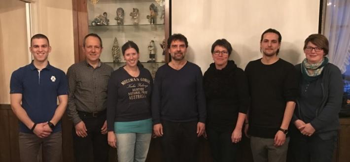 Der aktuelle Vorstand der Jugendmusik Möhlin, in der Mitte der neue Präsident Matthias Fäs.